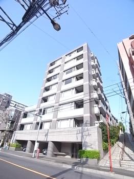 アールヴェール新宿弁天町