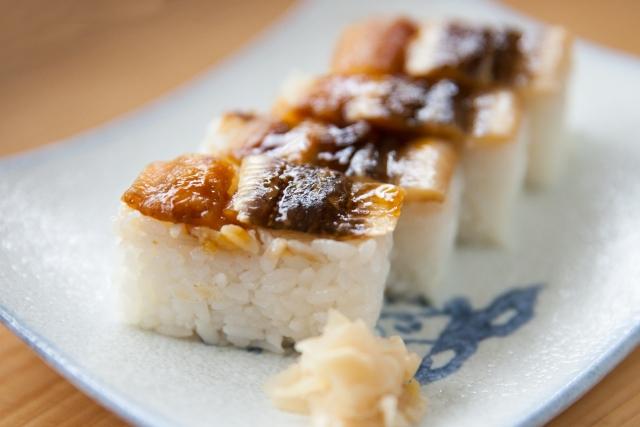 押壽司(押し寿司;oshi zushi)